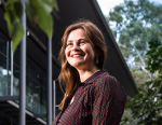Dr Lyn Phillipson, UOW